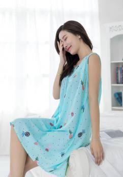Платье из штапеля для полных
