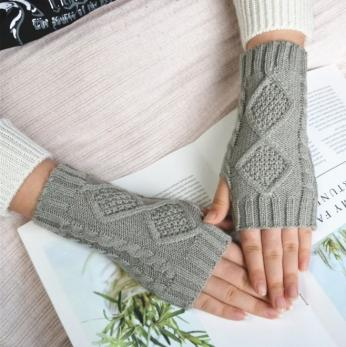 Митенки, перчатки без пальцев вязаные, серый цвет